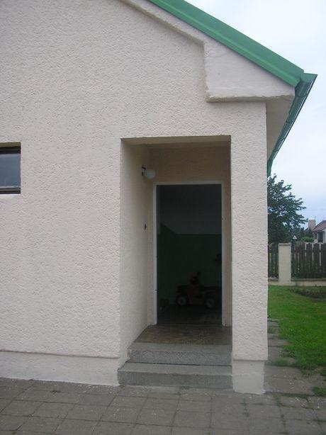 pohled na vchod do bytu v patøe